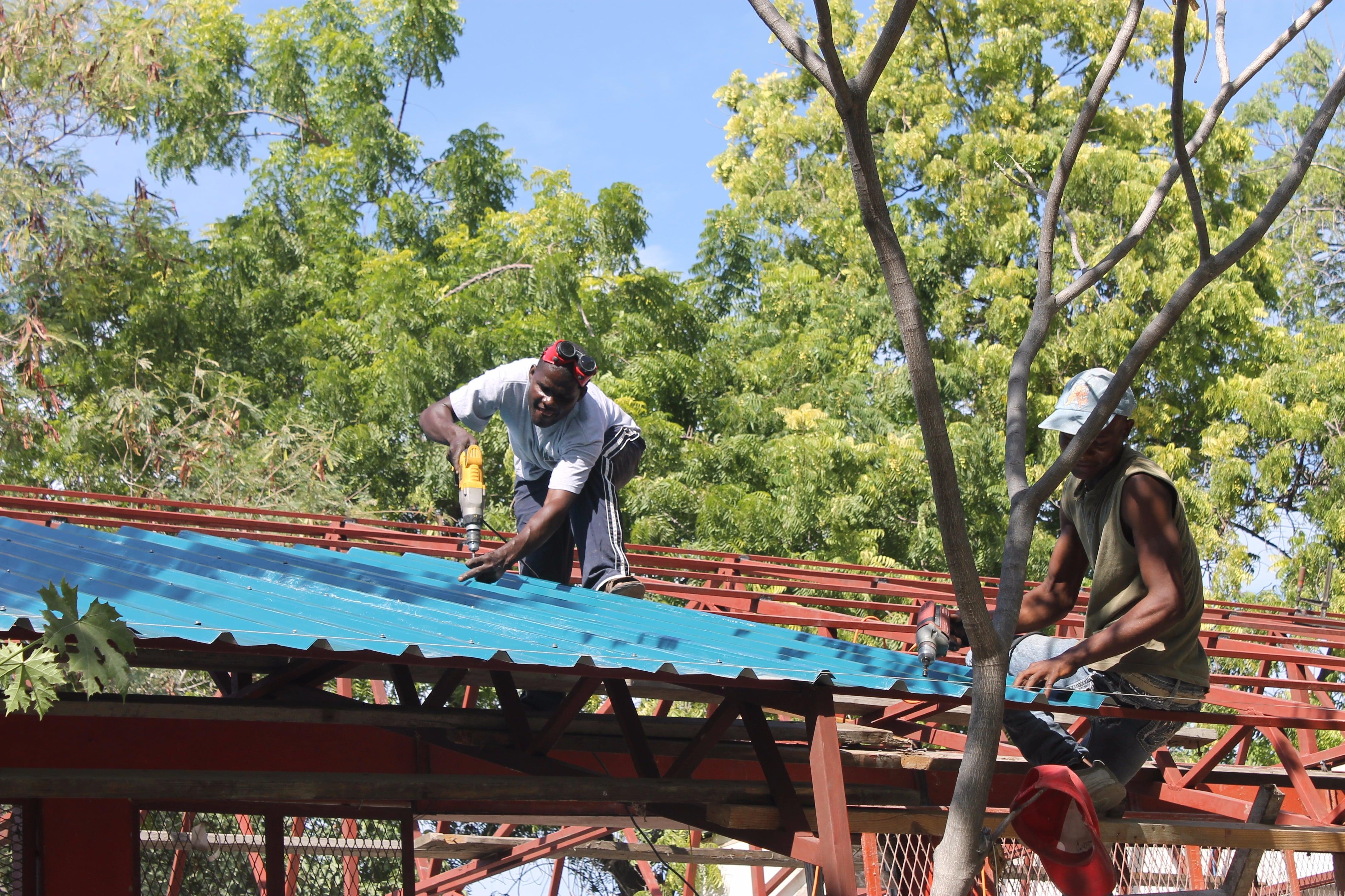 Die Solaranlage ist auf dem Weg nach Haiti!
